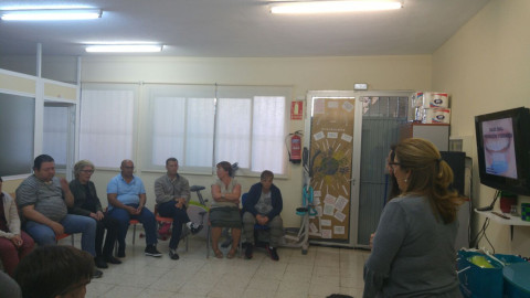 Taller de Salud Bucodental para los beneficiarios/as de ATELSAM